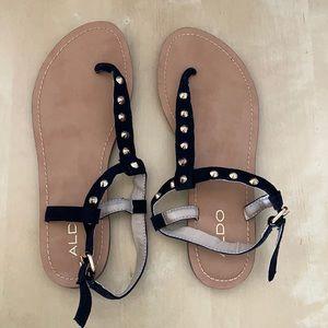 NWOT Aldo black straps & gold studs sandals W6.5